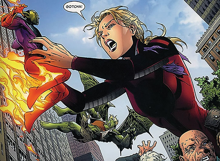 Stature (Cassie Lang) vs. the Super-Skrull