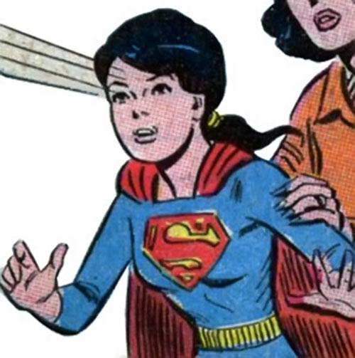 Superlass (Superman's daughter) (DC Comics) using telescopic vision
