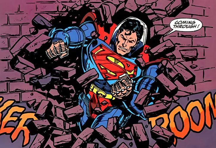 Superman-armor-DC-Comics-Hamilton-h1