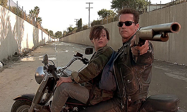 T-800 Terminator aiming his Winchester to protect John Connor