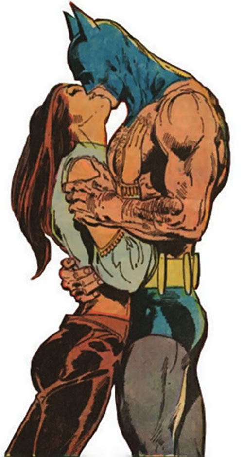 Talia al Ghul (DC Comics) kissing Batman
