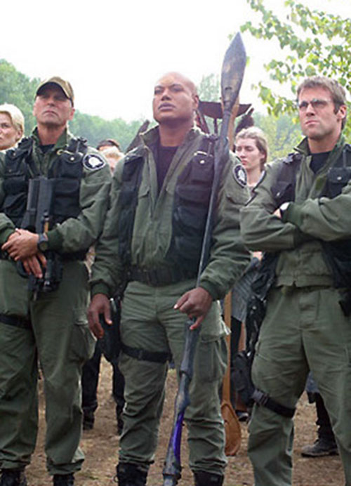 Teal'C (Christopher Judge in Stargate) with O'Neill and Jackson