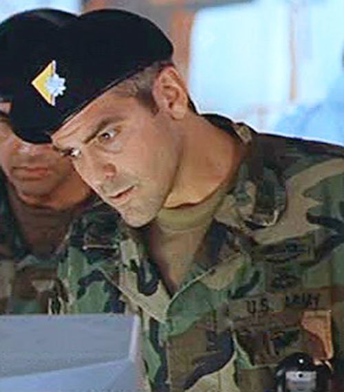 Tom Devoe (George Clooney in The Peacemaker) in a field uniform