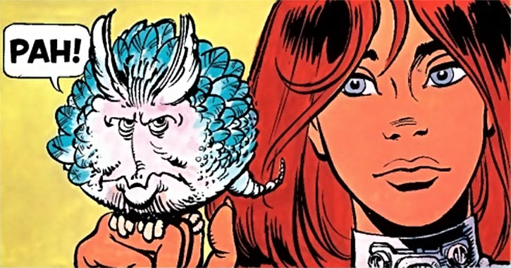 Valerian & Laureline - Useful alien animals - Laureline holding a grumpy transmuter