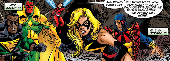 Warbird / Ms. Marvel (Carol Danvers) (Marvel Comics Avengers) in battle Avengers