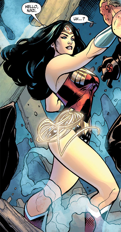 Wonder Woman (DC Comics) (Gail Simone era) smiling in combat