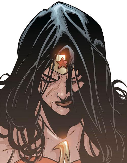 Wonder Woman (DC Comics) (Gail Simone era) battered and sad face closeup