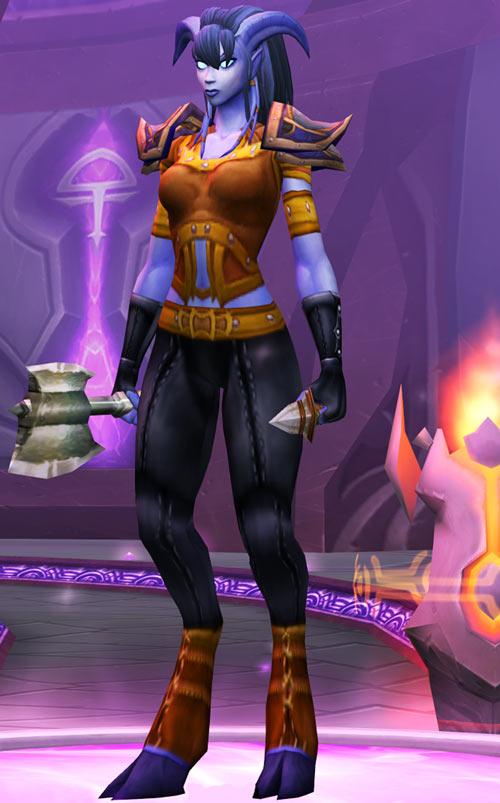 World of Warcraft - Draenei shaman - Ravenstill - leather armor, axe and knife