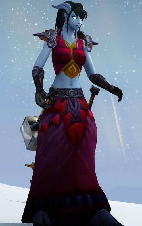 World of Warcraft - Draenei shaman - Ravenstill - violet sarong