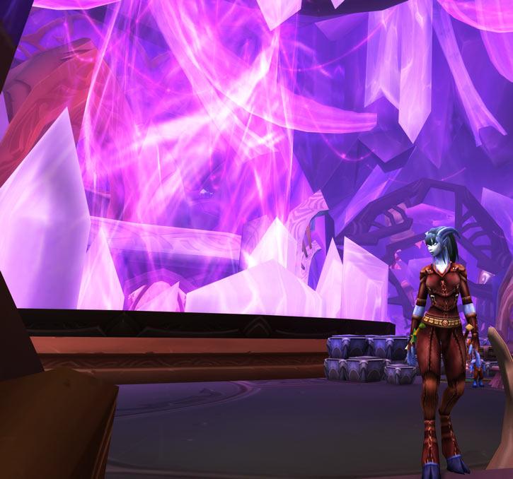 World of Warcraft - Draenei shaman - Ravenstill - in the Exodar near energy