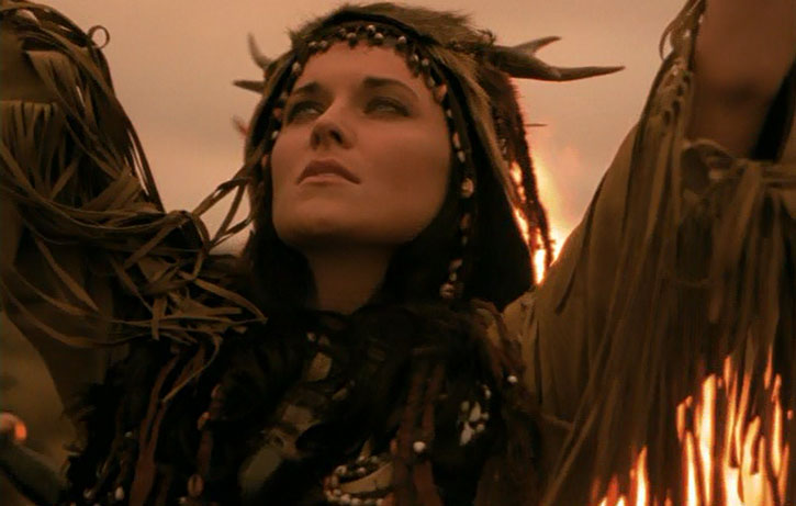 Xena (Lucy Lawless) in a fringed robe