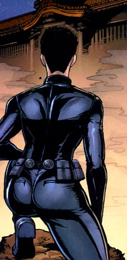Yukio (Marvel Comics) (Wolverine ally)'s back